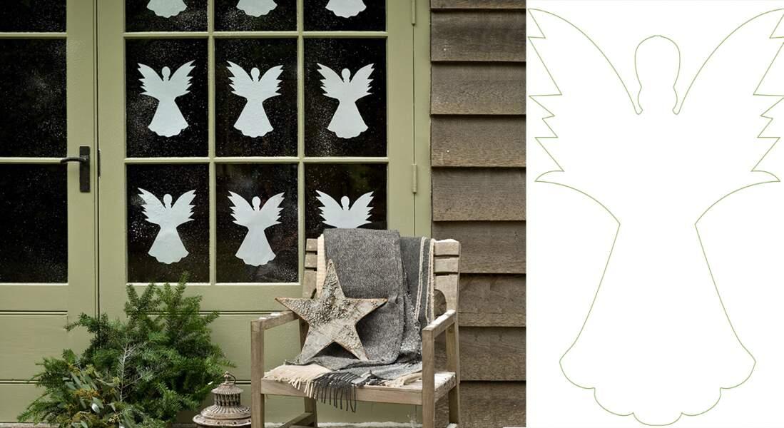 Je décore ma fenêtre avec... des anges en papier