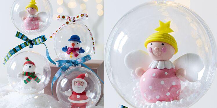 Des boules de Noël en pâte fimo