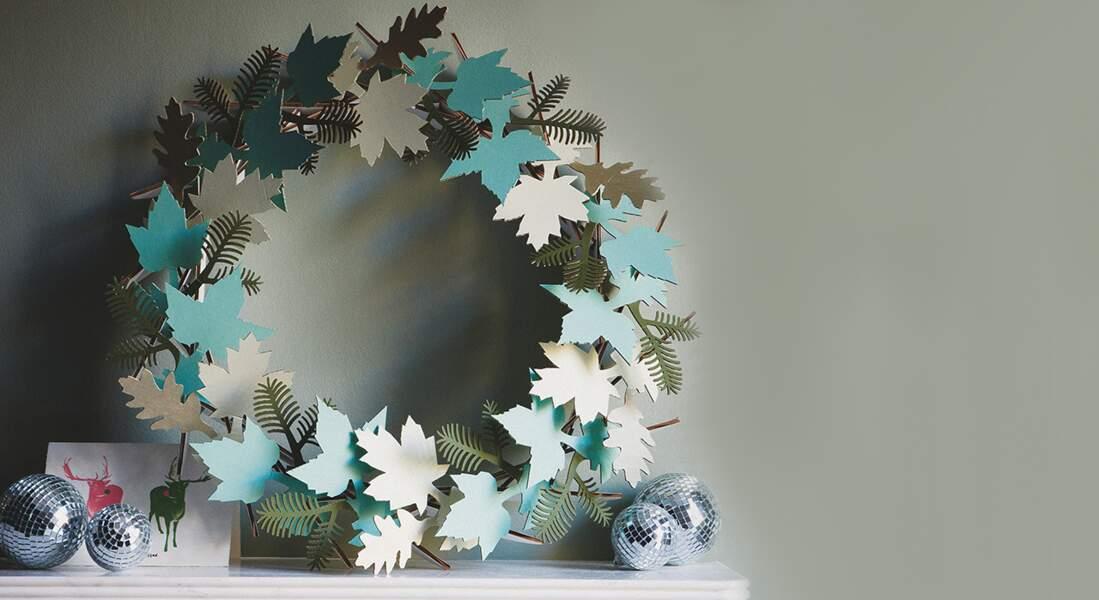 Une couronne tourbillon de feuilles