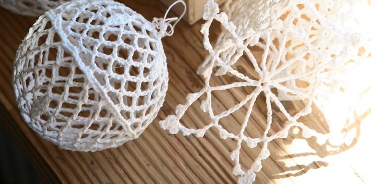 Deco Noel Crochet.Des Décos De Sapin Au Crochet Femme Actuelle Le Mag