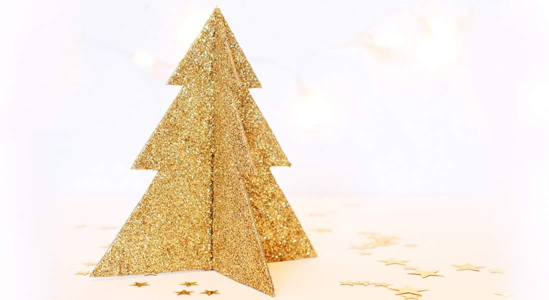 Un sapin de Noël scintillant