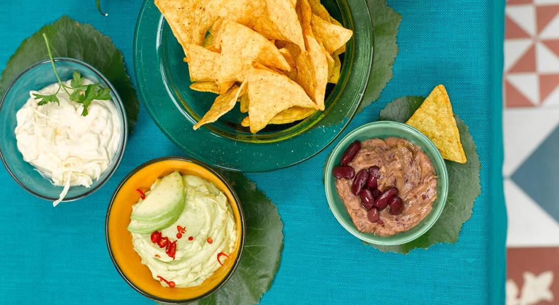 Tortillas chips et trempettes apéritives