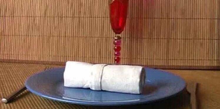 Pliages de serviette : un rond de serviette