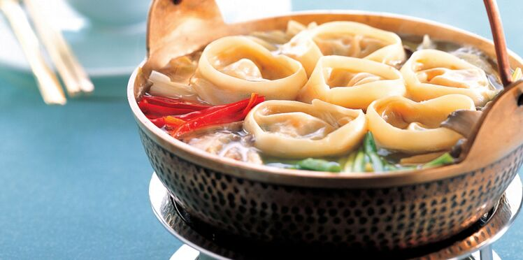 Soupe de raviolis de porc