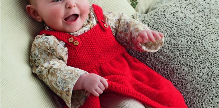 Robe rouge à bretelles pour bébé