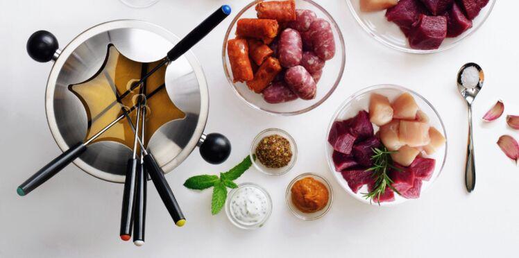La fondue bourguignonne et ses petites sauces