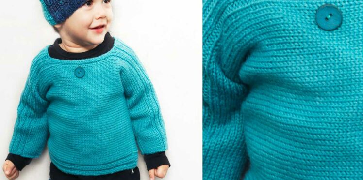 Le pull turquoise jersey enfant