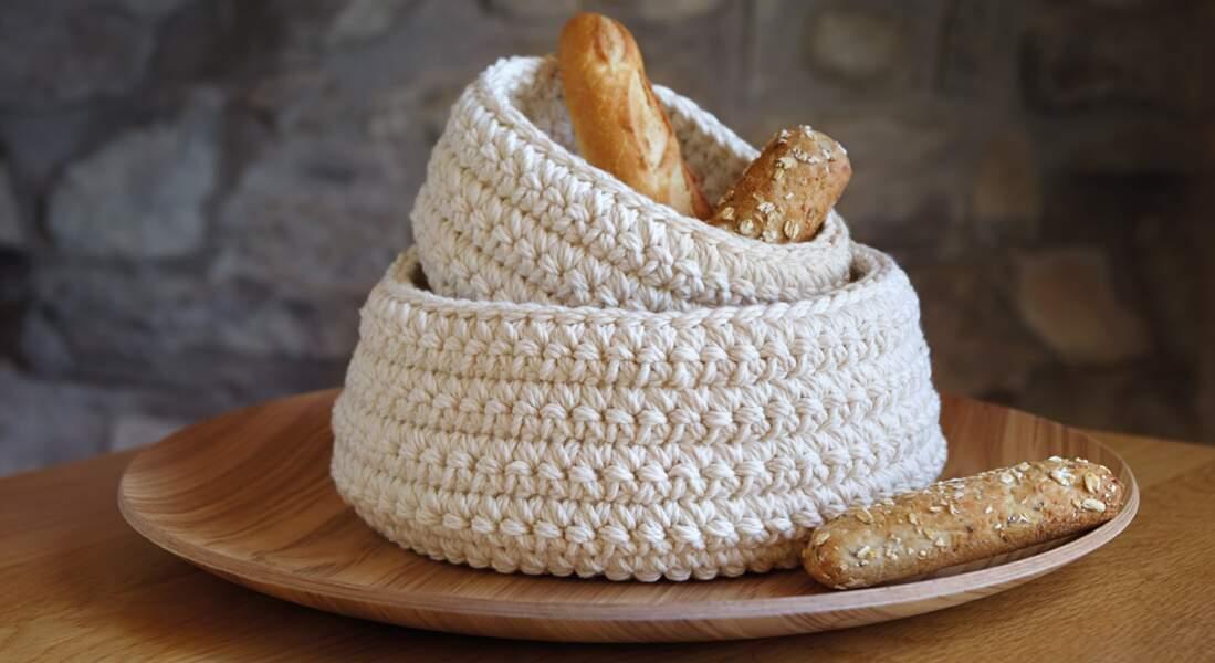 Une corbeille à pain au crochet