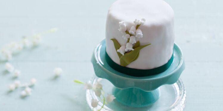 Pâte à sucre : une fleur de muguet
