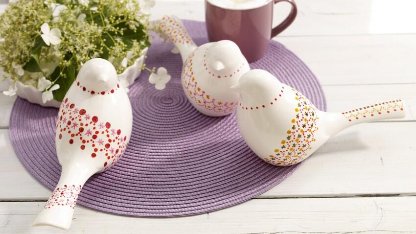Des colombes en porcelaine