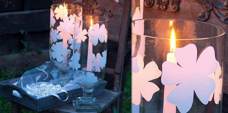 Photophore fleuri pour ombres délicates