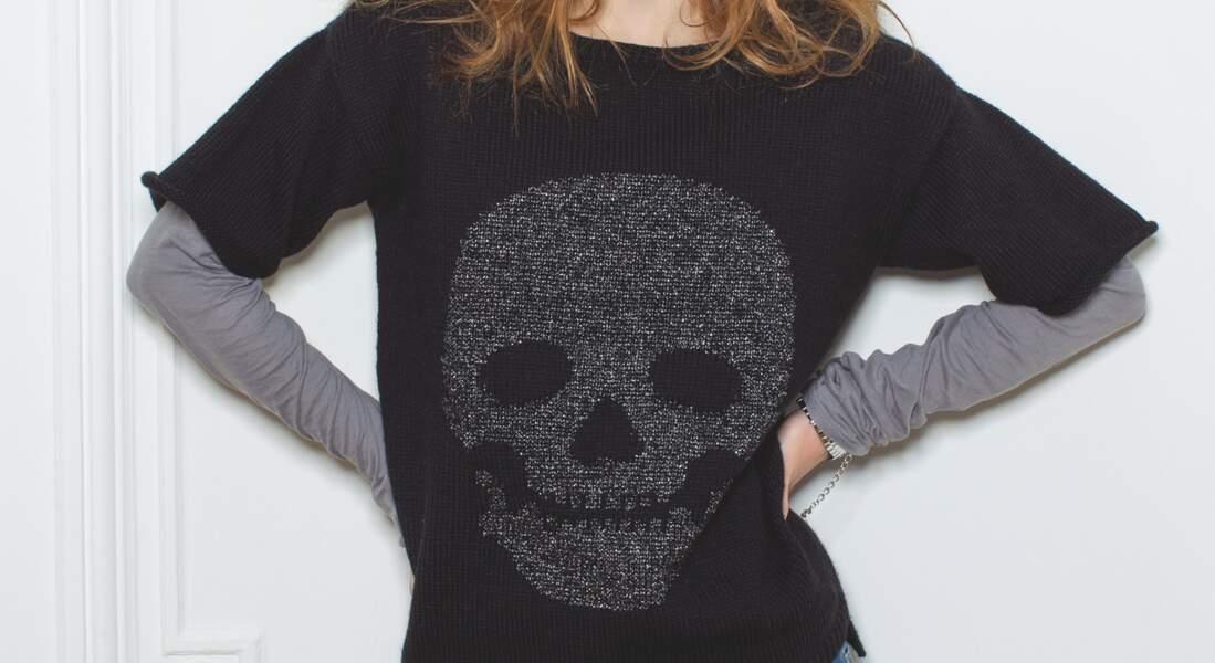 Un pull tête de mort
