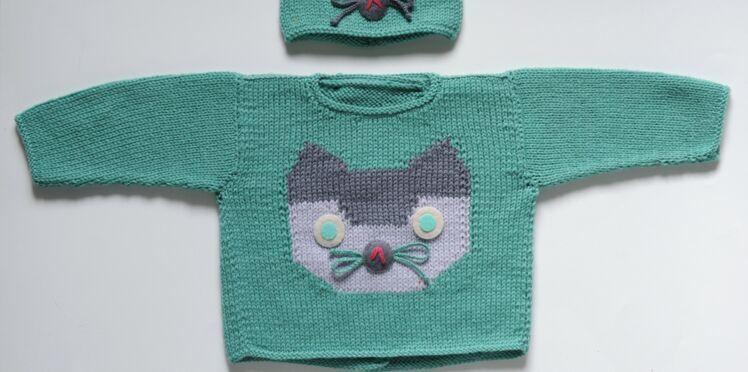 Un pull chat à tricoter pour bébé