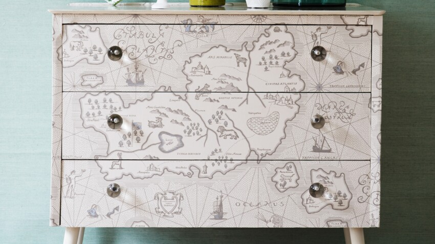 Relooking : une commode inspiration voyage