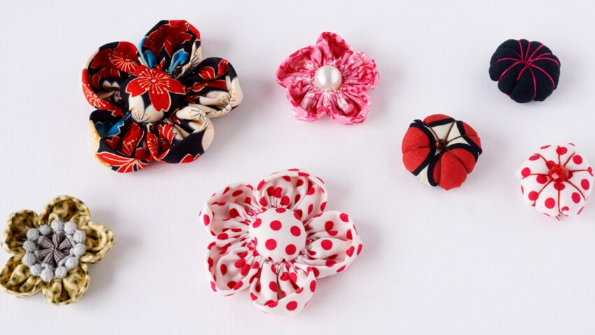 Fleurs kanzashi en tissu