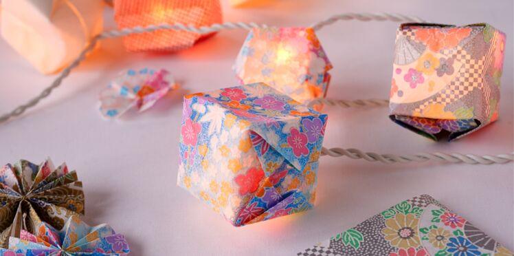 Une guirlande lumineuse en papier