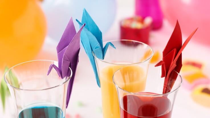 Pliage en papier : un marque-place à poser sur un verre