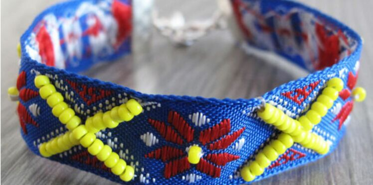 Un bracelet brésilien bleu et jaune