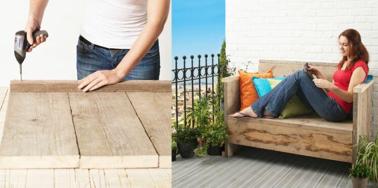 Aménager sa terrasse avec un banc en bois