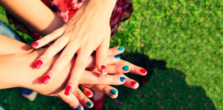 Manucures d'été : mixez les couleurs !