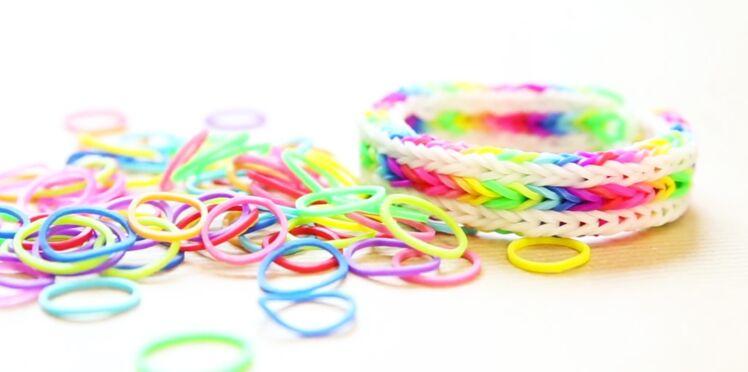 Un triple bracelet élastique Rainbow avec le Monster Tail