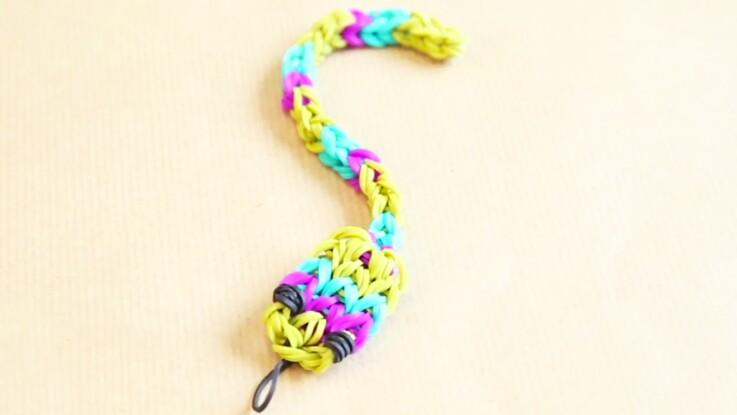 Animaux : un serpent en élastiques Rainbow Loom