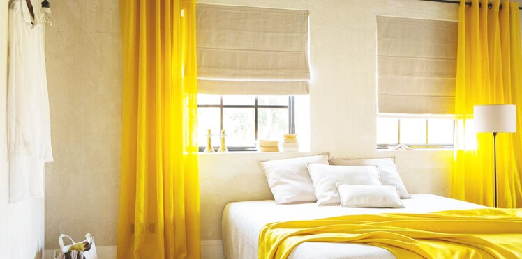 Une déco de chambre jaune et lumineuse