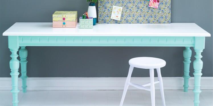 relooker une table en bois femme actuelle le mag. Black Bedroom Furniture Sets. Home Design Ideas