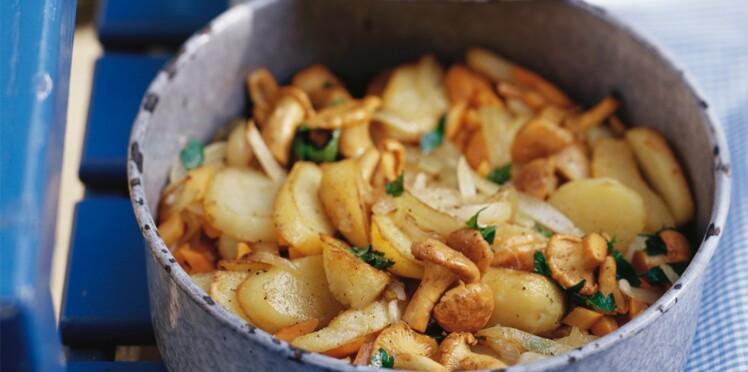 Pommes de terre et girolles rissolées