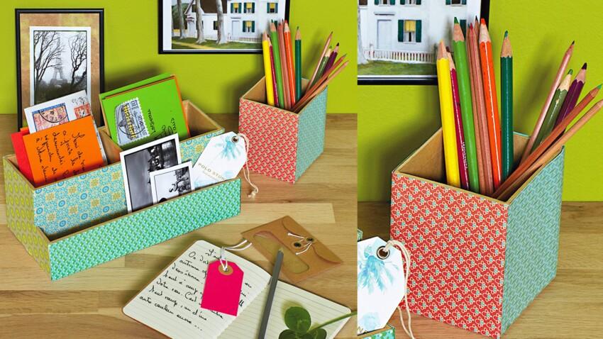 Un range-courrier et un pot à crayons assortis