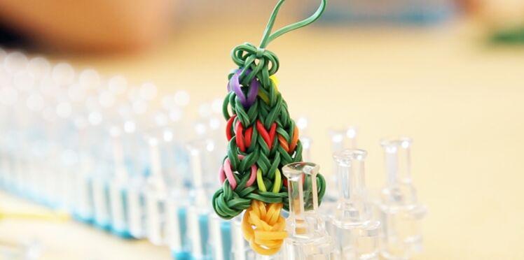 Noël en Rainbow Loom : un sapin en élastiques