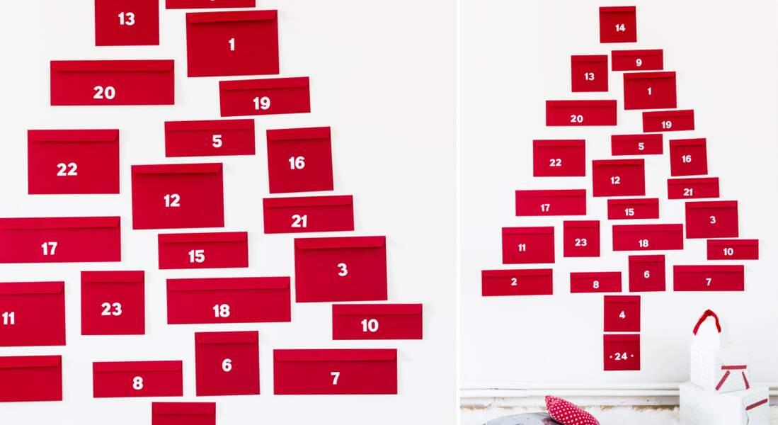 Des enveloppes au mur : un calendrier de l'Avent original