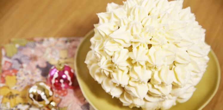 Gâteau de Noël surprise façon piñata