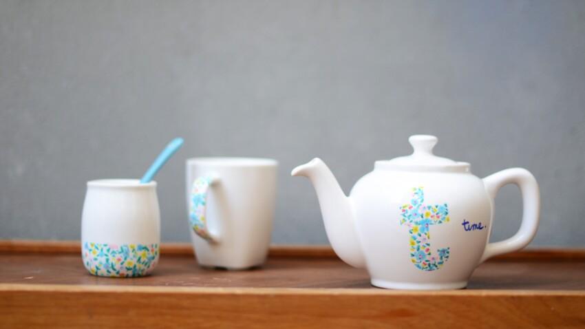 Décorer son service à thé avec des feutres pour porcelaine