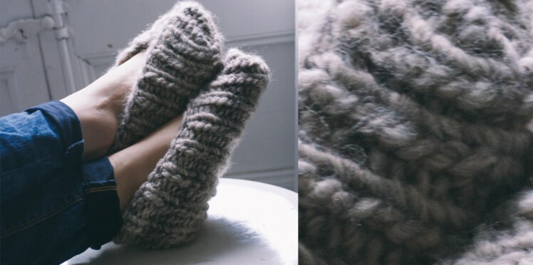 Les chaussons tricotés gris 2   Femme Actuelle Le MAG a596a44c42d