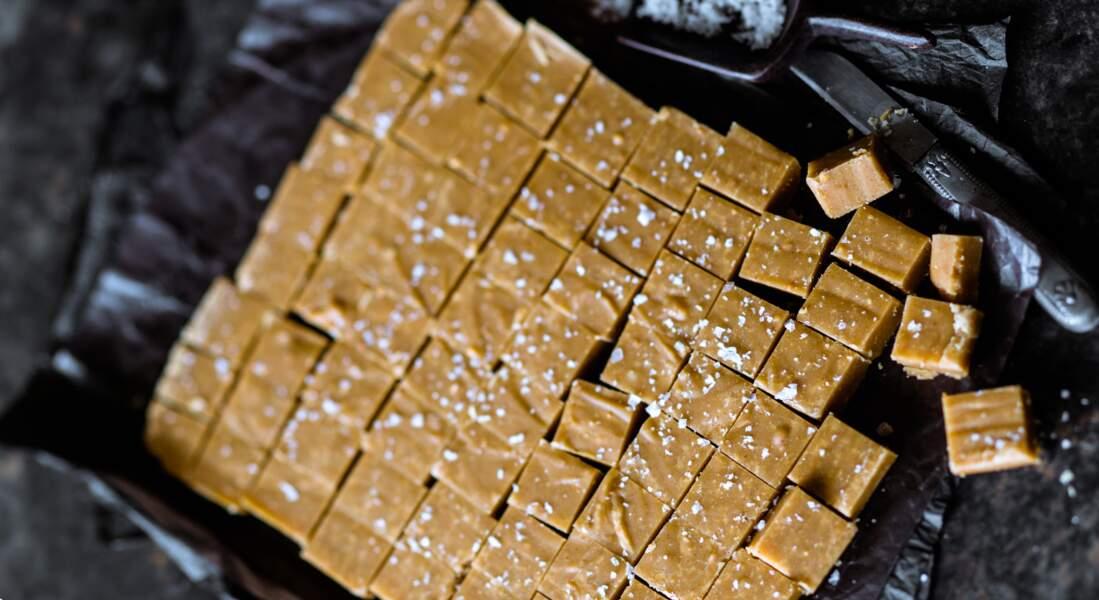 Fudge au chocolat au lait et cacahuètes