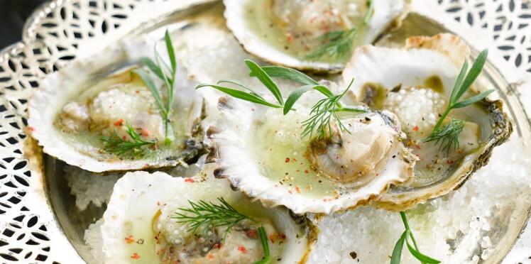 Huîtres plates, condiment à la pomme, tapioca et citron vert