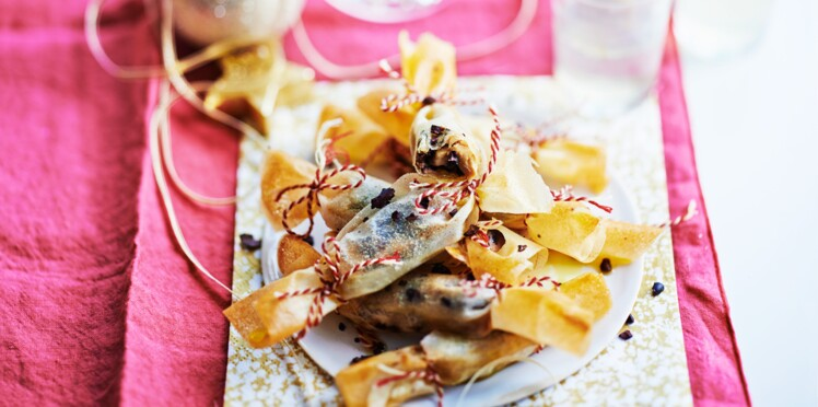 Bonbons de feuilles de brick au foie gras et fèves de cacao