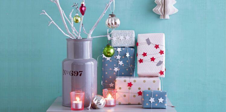 Une guirlande d'étoiles pour décorer mes cadeaux de Noël