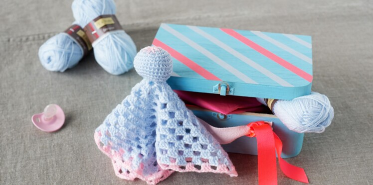 Crochet : un doudou pour bébé