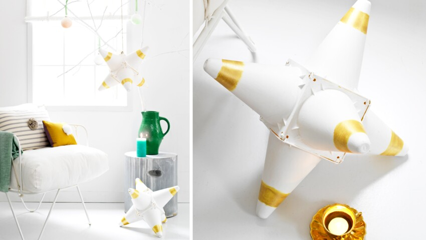 Des étoiles de Noël en cônes plastiques