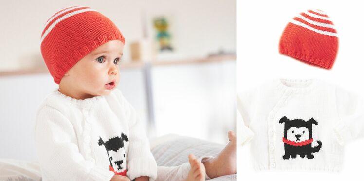 Un pull jacquard motif chien et son bonnet pour bébé