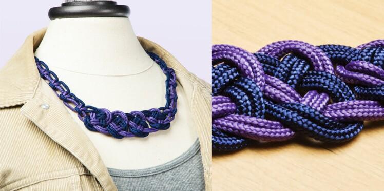 Un collier tendance en paracorde