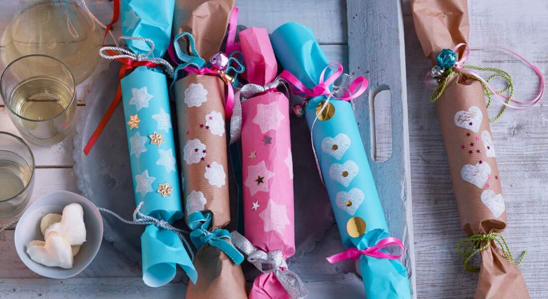 Cadeaux de Noël : comment emballer des objets cylindriques ?