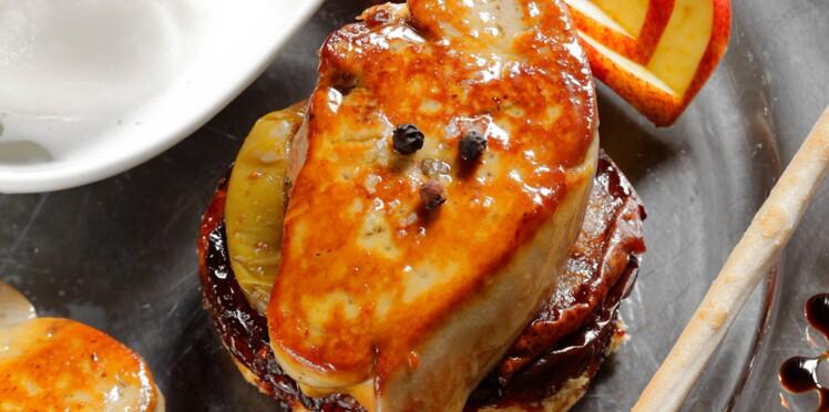 Tatins de foie gras poêlé aux pommes et poires