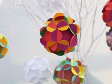 Déco de Noël : des boules en papier