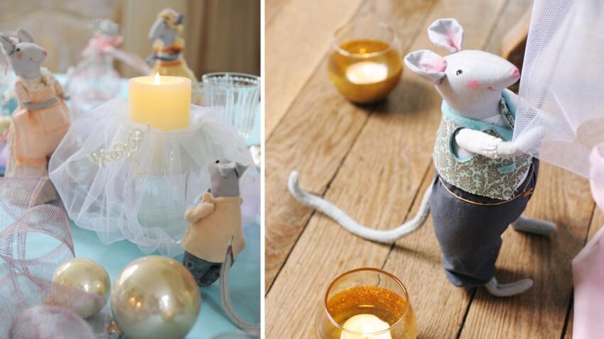 Les souris de Cendrillon décorent la table de Noël
