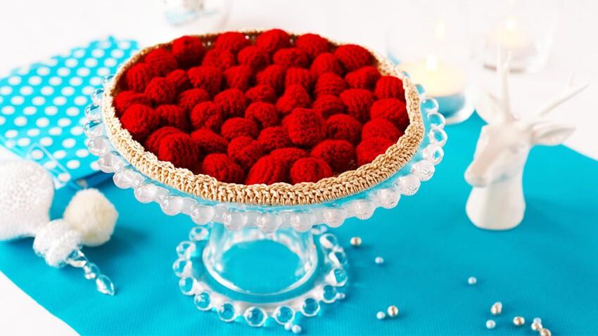Déco trompe-l'oeil : la tarte aux framboises, au crochet