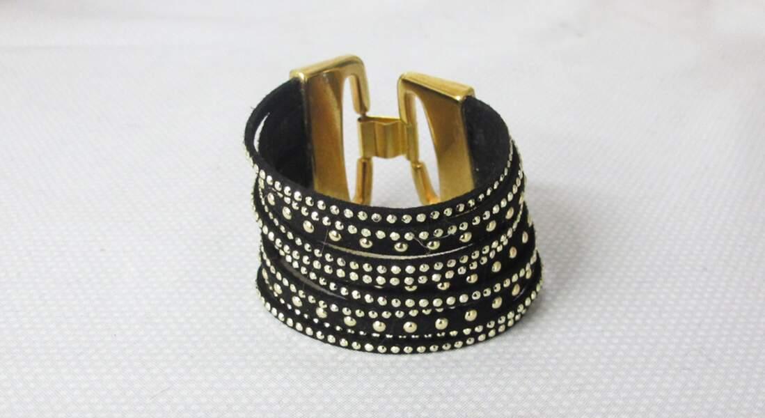 Facile et pas cher : fabriquer un bracelet strass