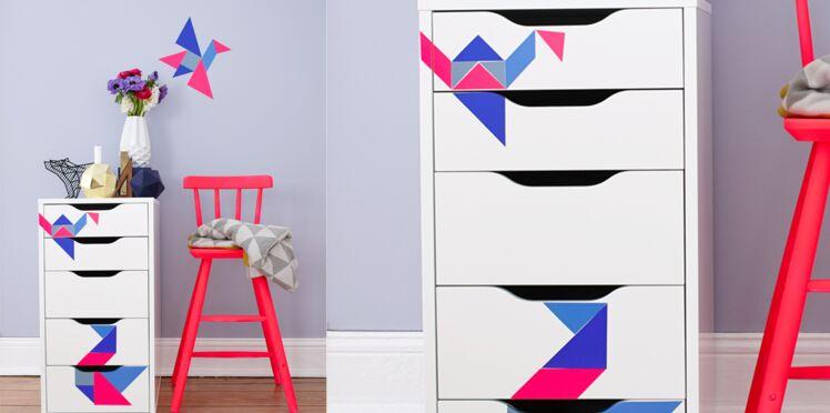 Des stickers façon tangram pour habiller mes meubles